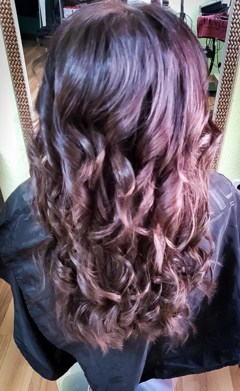 Nach der Haarverlängerung / Haarverdichtung